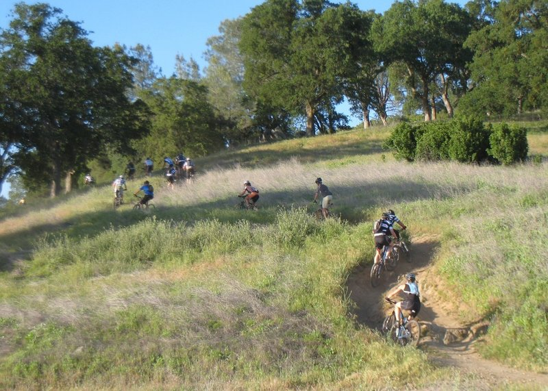 Start of the eastbound singletrack