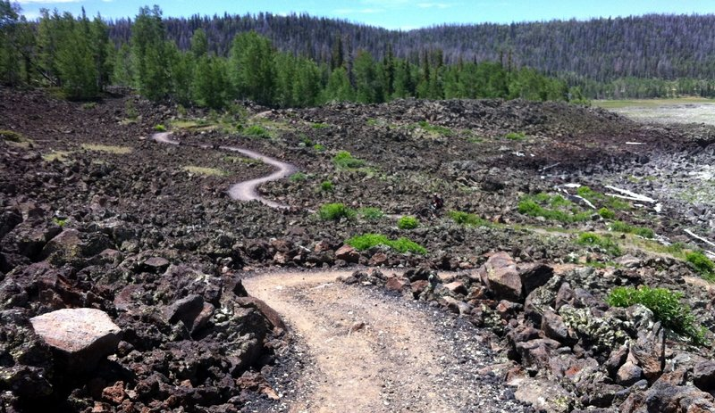 The east side lava flow at Navajo Lake
