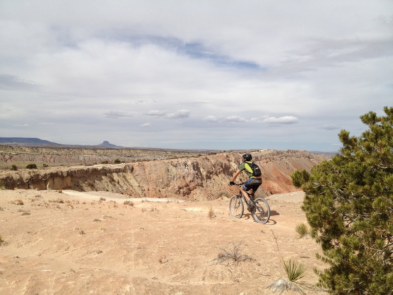 The home stretch, with Cabezon Peak in the background.