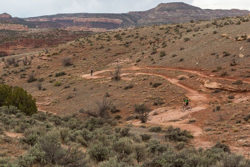 Great views and a great easy beginner trail.  If you're new to the sport, this is the ride to start with!