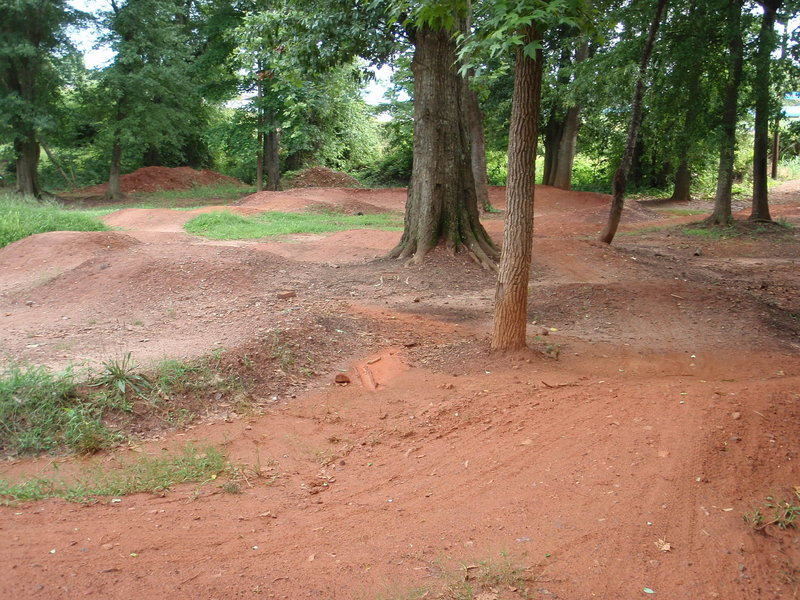 skills flow course (AKA pump track)