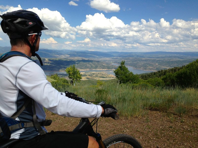 Scenic overlook above Jordanelle Reservoir - nice spot for a breather, and the climbing is a bit more mellow after this spot.