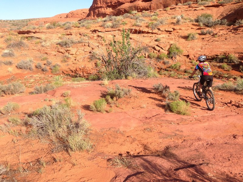 Making the hard left turn.  You eventually climb up onto the sandstone cliffs in the background.