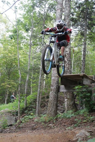 Platform Jump near the top of Dreadnought Trail. Photo by Tanya Anders.