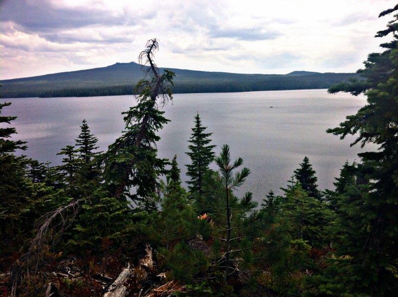 Tranquil Waldo lake