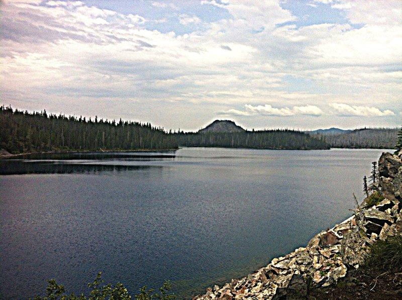 Another view of pristine Waldo Lake