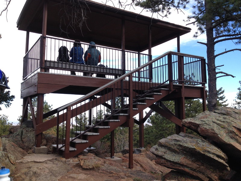 The viewing structure at the top of Mount Falcon.