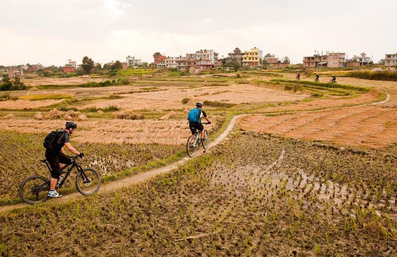 Following footpaths near Bhaktapur