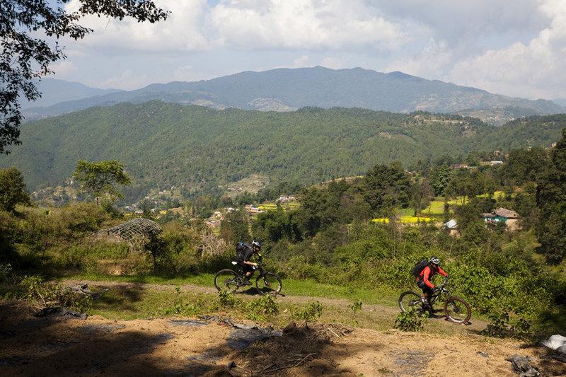 The inital descent on the Nagakot to Kathmandu via Bhaktapurpur ride