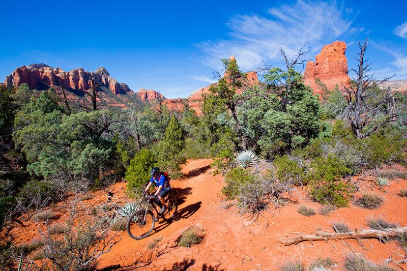 Jordan trail has plenty of red rocks and blue skies.