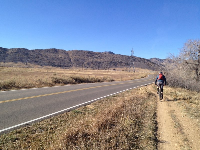 Mt Carbon Loop - parallels Kumpfmiller Dr.  Looking west.