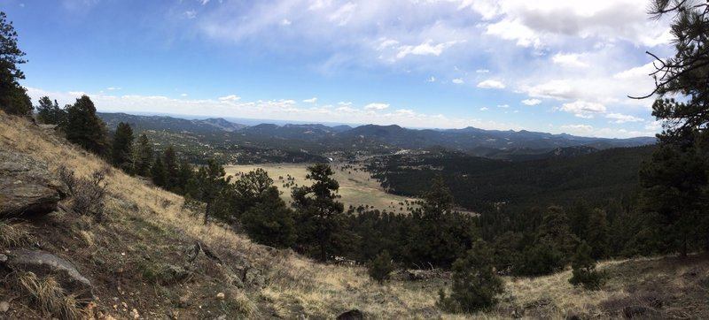 Great pano looking down at the meadow