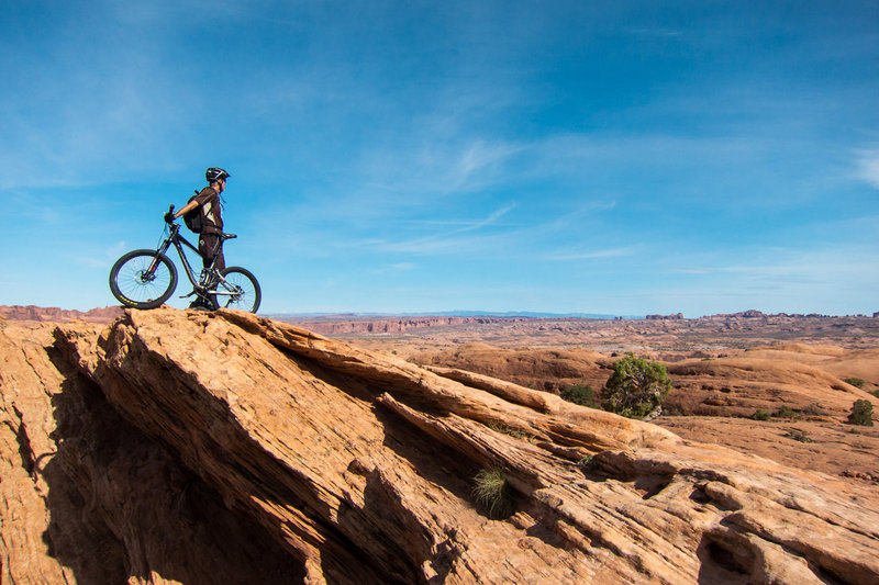 360 panorama from Moab to Arches to the La Sals