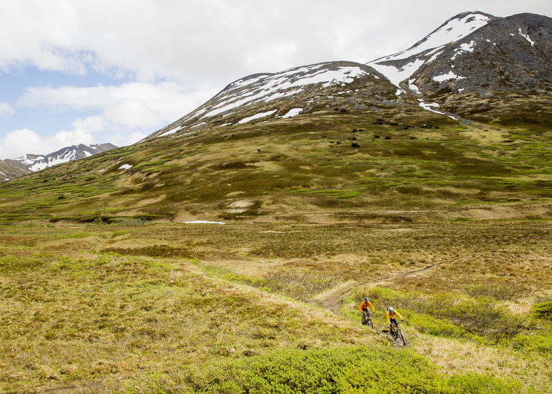 Rolling across the tundra, approaching Devil's Pass