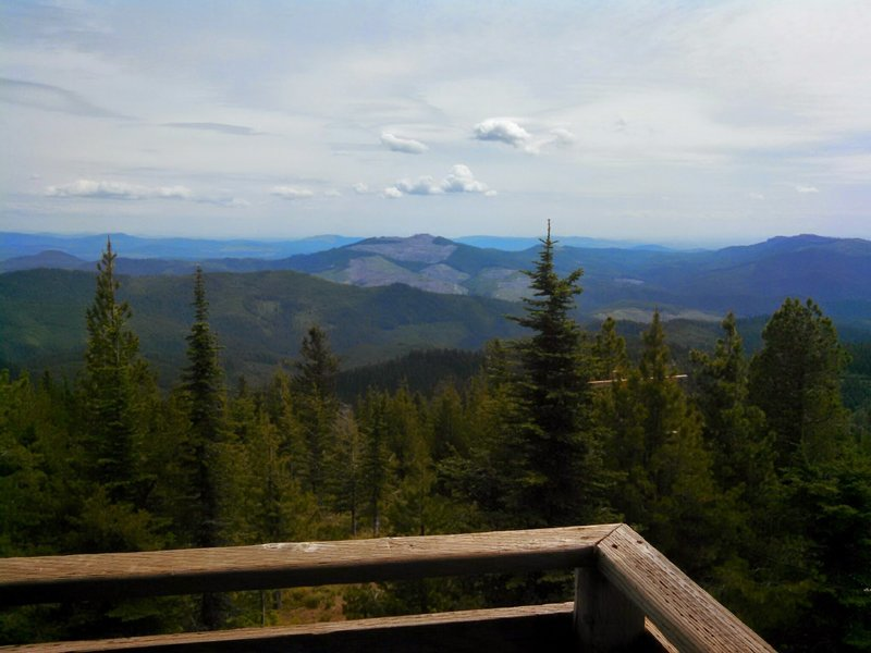 View south from the Bald Mountain fire lookout (5300'), the high point of the tour. The lookout itself is usually closed, but one can climb the stairs to gain nice views.