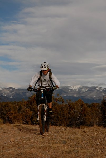 Great dry singletrack in the middle of winter at the La Tierra Trails