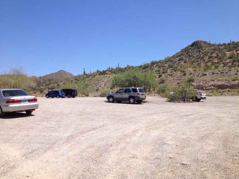 Spacious parking lot at the Spur Cross Ranch Trailhead.