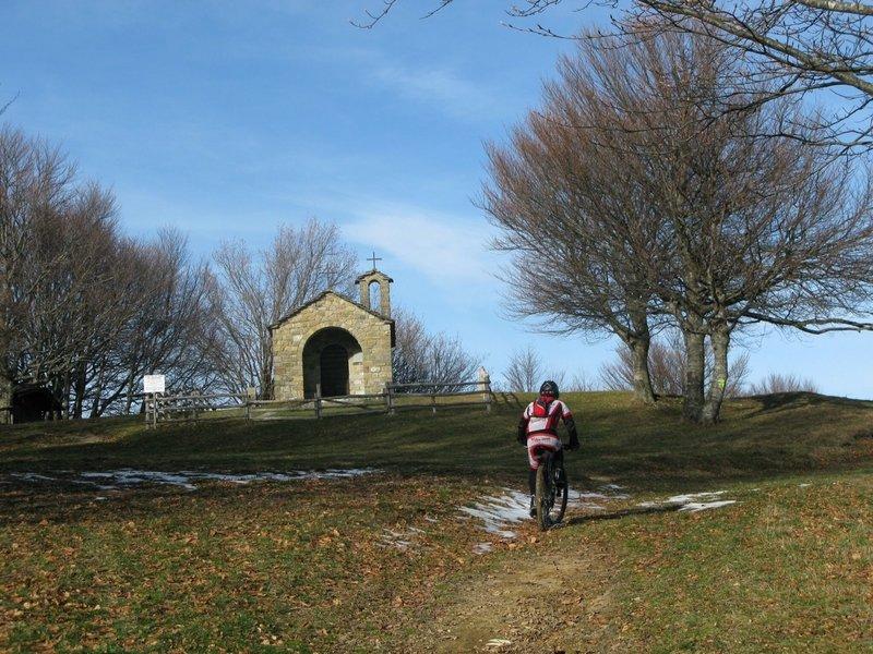 La cappella in vetta al Montagnana (The little chapel on top of Mt. Montagnana).