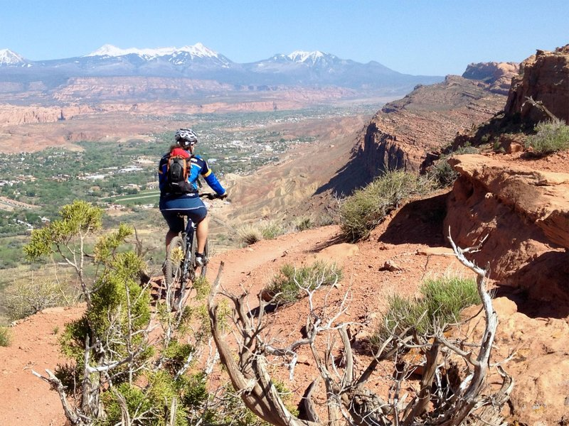 Top of Portal Trail is deceptively easy.