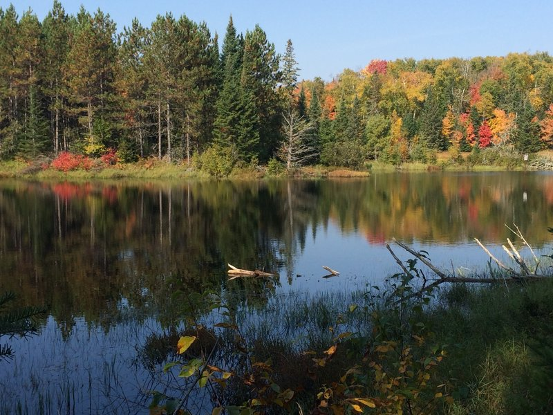 Tranquil, autumn day on Patsy Lake Trail