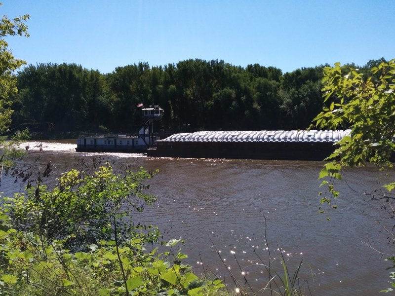Barge coming through on Minnesota River