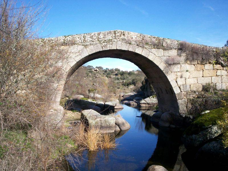 """Puente """"quebrà"""" on Arribes del Agueda"""