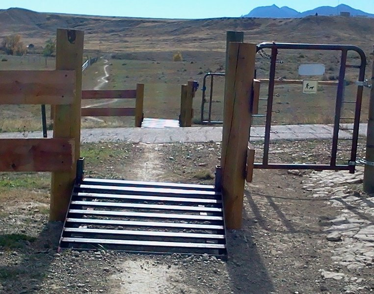 Cattle guards installed at all the gates for Left Hand Trail, except for the last one riding north.  Makes for a nicer ride