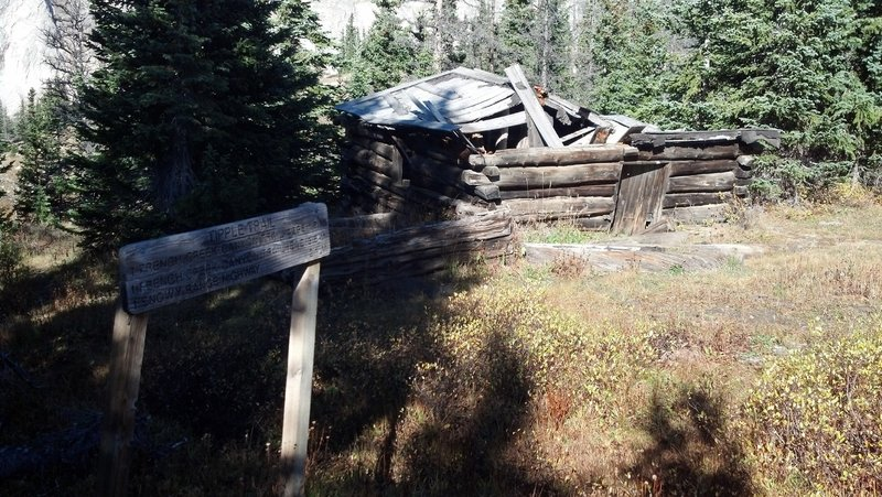 Old miners cabin on the Tipple Trail