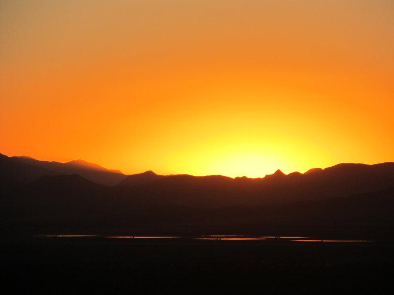 Thanksgiving Sunset on Gates Pass Trail.