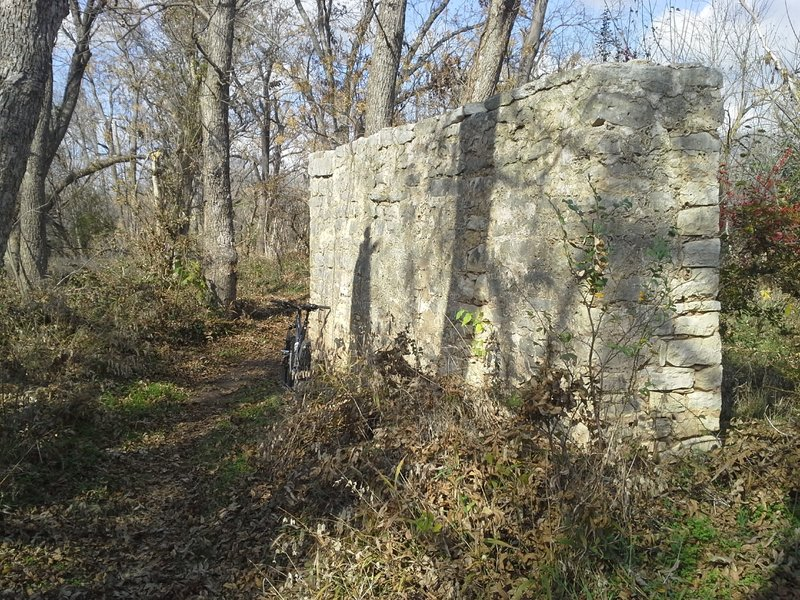 A short section of SingleTrack that passes between Berry Creek and an old bridge foundation
