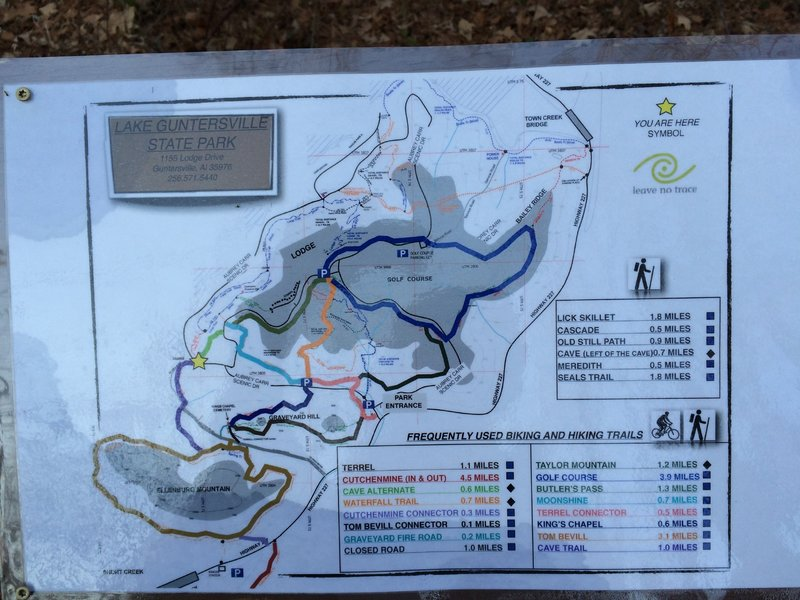 Sign at entrance to Cave Trail Alternate route as of December 20, 2014.  Probably the best map of the current trails at Lake Guntersville State Park.