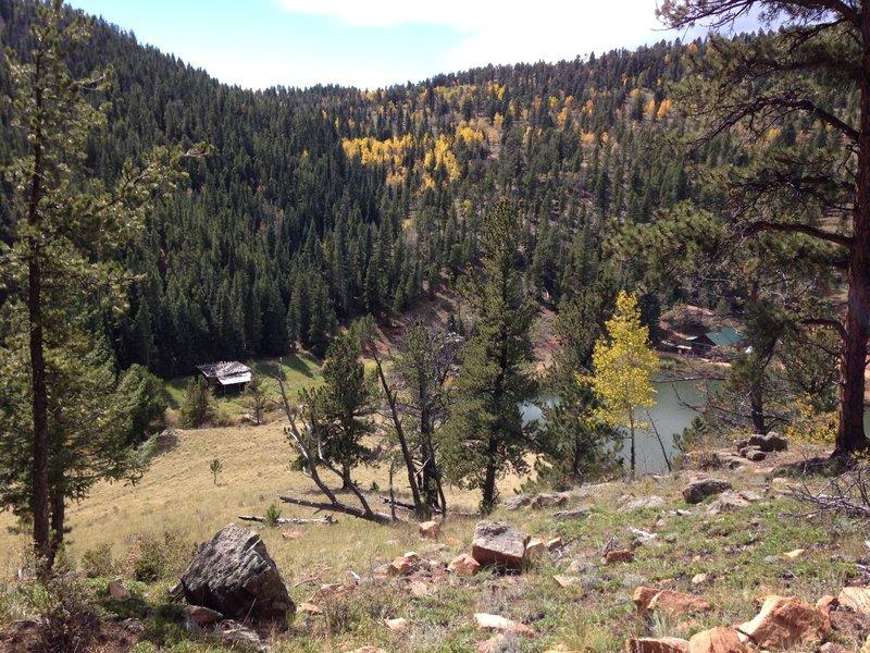 Descending Marmot Passage Trail to Elk Falls Pond