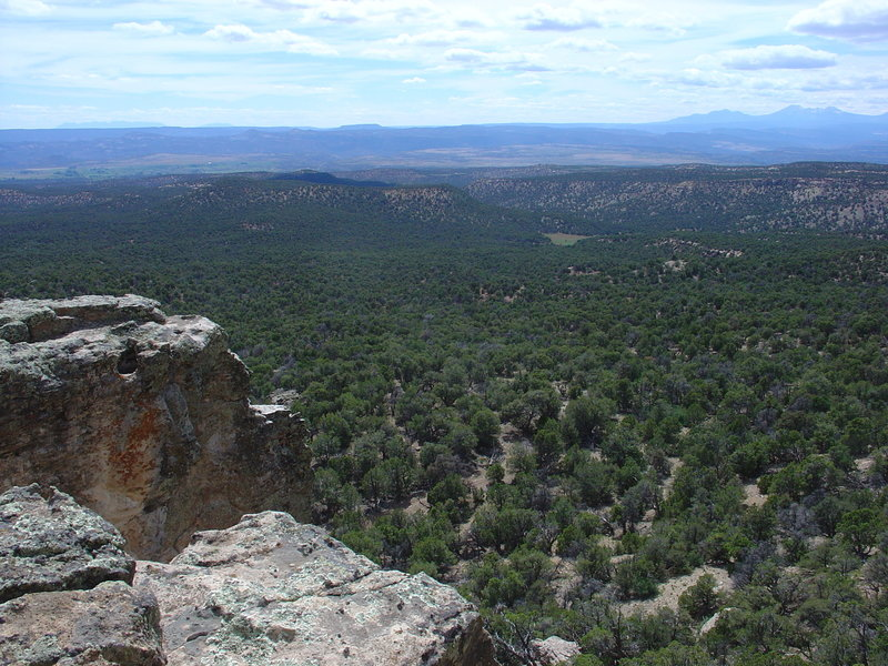 Looking west off Pinto Mesa.