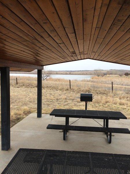 Nice picnic area at the trailhead near Rock Creek Farm and Stearns Lake.