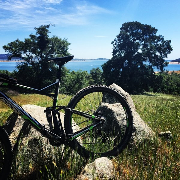 Overlooking Folsom Lake from the Granite Bay Trail