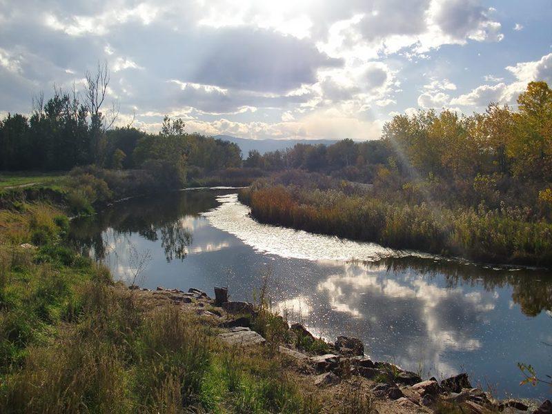 Looking southwest along the S Platte River from the South Platte River Greenway Trail