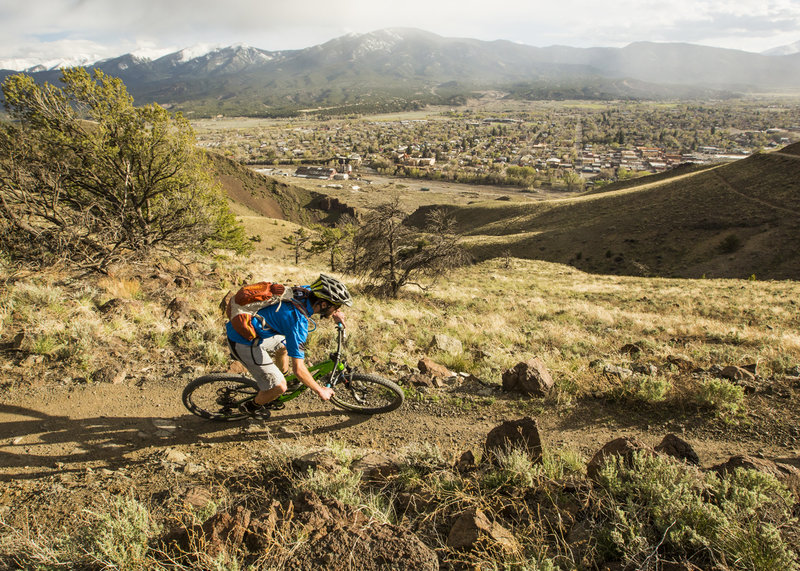Lil Rattler makes an easy and fun connection between Frontside and Backbone trails.