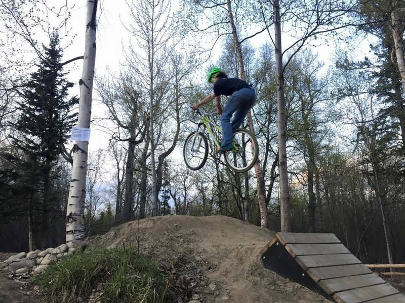Sessioning the Jump Line at Palmer Bike Park