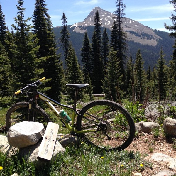 The junction of Cascade Divide Rd. and Greysill with Engineer Mountain in the background