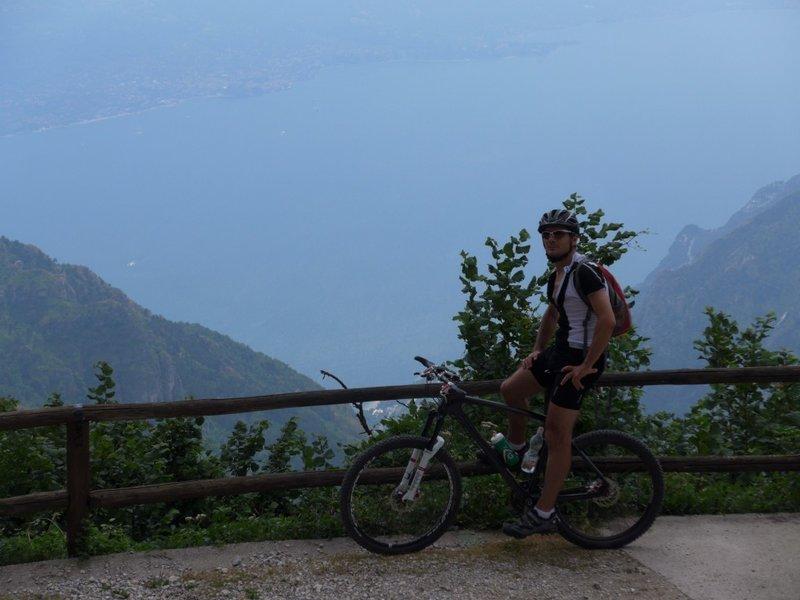 Trail #421 to Passo Guil: View to Lago di Garda, Limone