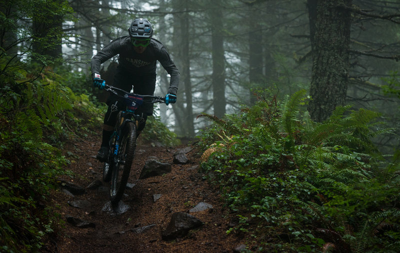 Darrin Seeds races through a misty stage-one during the Cascadia Dirt Cup.