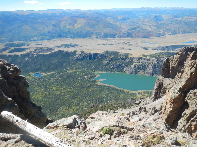 Looking almost a mile down to Santa María Reservoir (9375') from Bristol Head (12706').