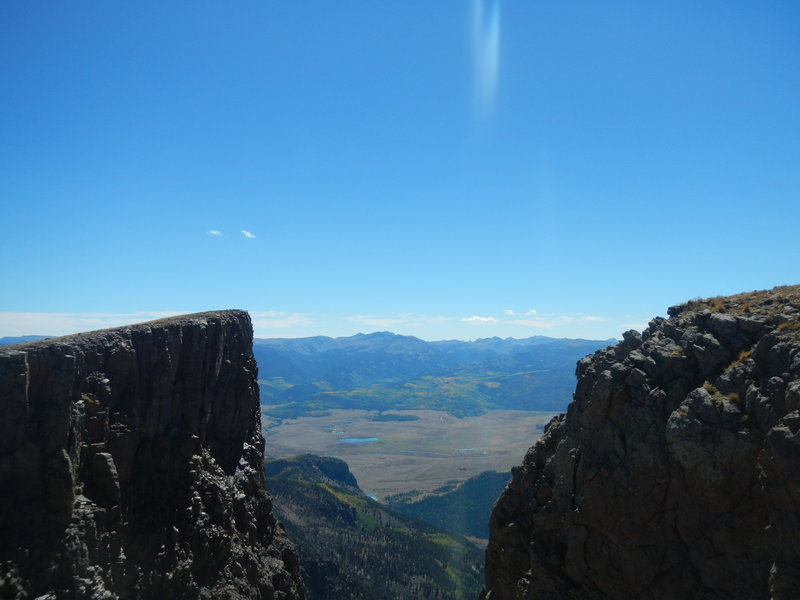 View of one finger of the sheer escarpment off Bristol Head (12706').