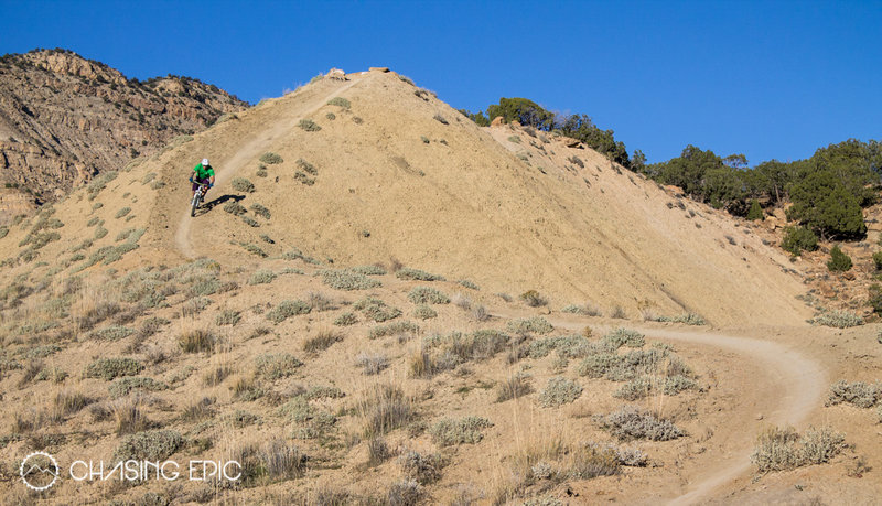 Upper Joe's Ridge... some of the most fun you can have on a mountain bike.