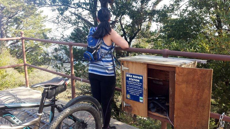 Mount Tam summit bike repair station
