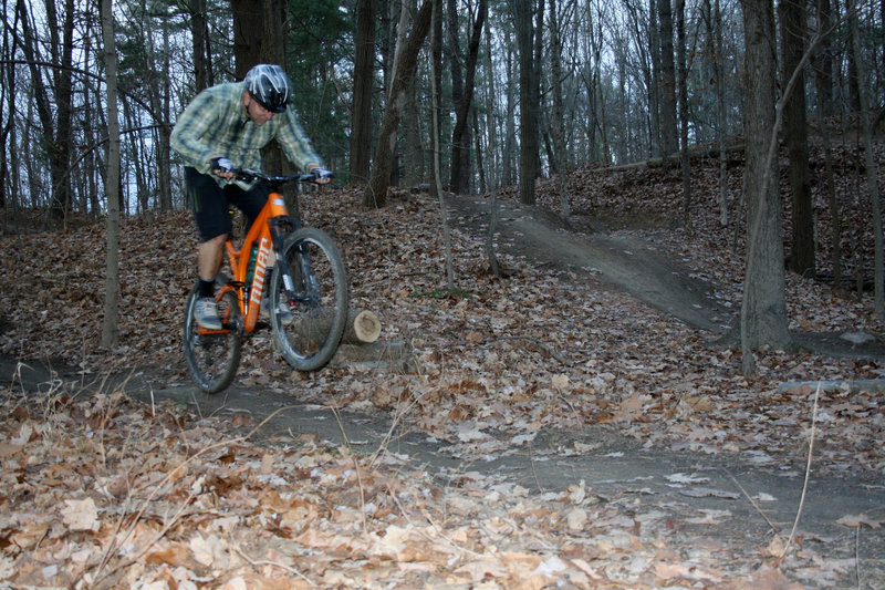 Little jumps on Perimeter Trail