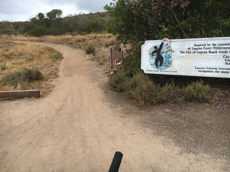 The entrance to Stagecoach South Trail at Nix parking area of Laguna Coast Wilderness Park.