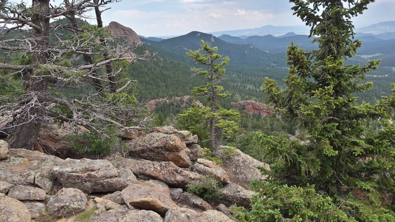 View from Staunton Rocks Lookout on Border Line Trail.