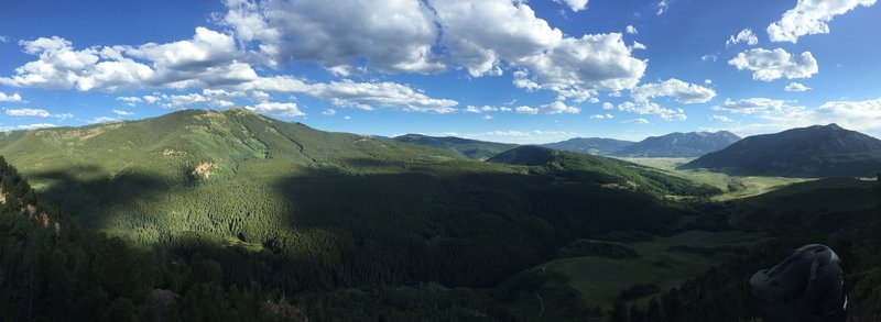 Stunning scenery off of Teocalli Ridge.