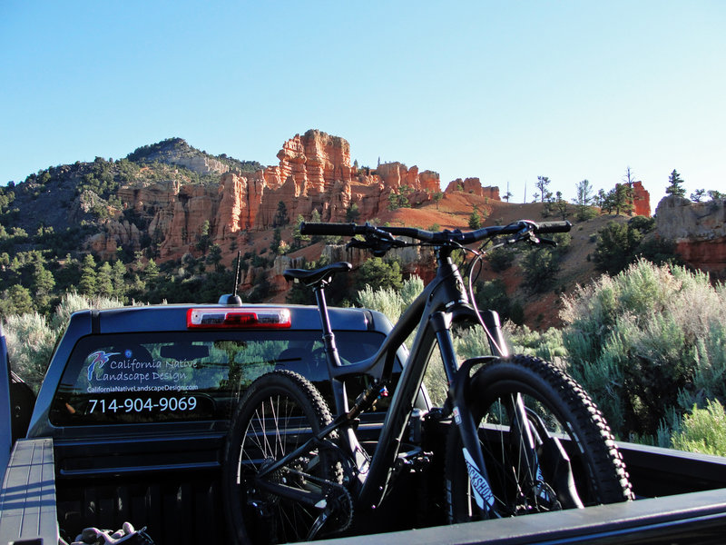 Getting ready to roll at Lower Thunder Mountain Trailhead.